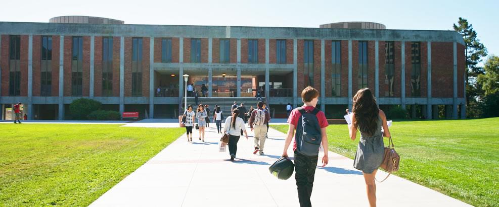 カルフォルニア州立大学イーストベイ校との提携によるUSCPA受験に必要な、単位取得プログラム